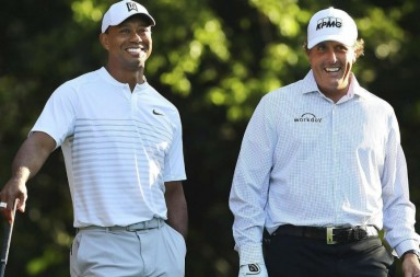 woods_mickelson_1440-1040x572