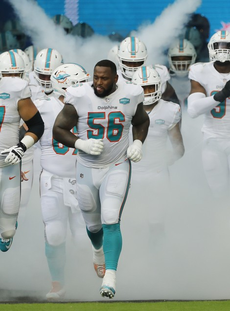 MIAMI GARDENS, FLORIDA - SEPTEMBER 20: The Miami Dolphins take the field prior to the game against the Buffalo Bills at Hard Rock Stadium on September 20, 2020 in Miami Gardens, Florida. (Photo by Michael Reaves/Getty Images)